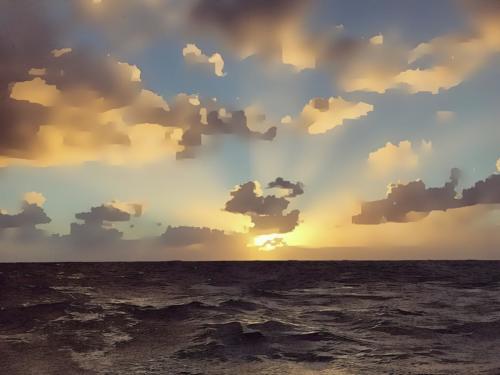 Dicembre. Oceano Atlantico. Da qualche parte tra Tenerife e Martinica..